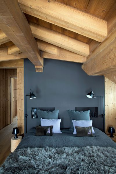 am nager une chambre sous les combles. Black Bedroom Furniture Sets. Home Design Ideas