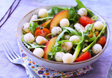 Recette-Salade-dété-Apéro-Cheese-Entremont-aux-nectarines-vi